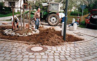 Bau des Dorfbrunnens