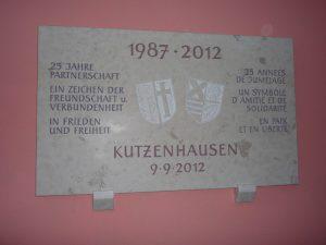 Gedenktafel aus Granit als Gastgeschenk für Kutzenhausen im Elsass zum 25 jährigen Jubiläum.
